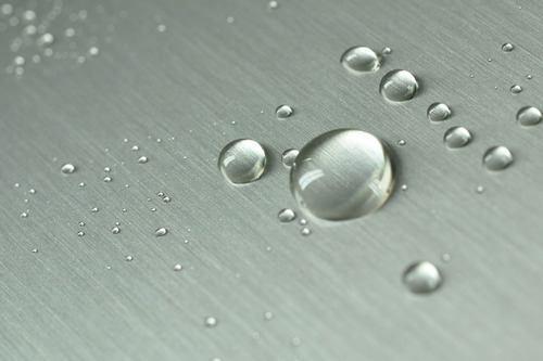 آبگریز فلز